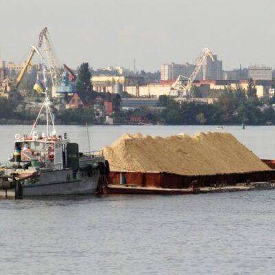 Парламент принял закон «О внутреннем водном транспорте»