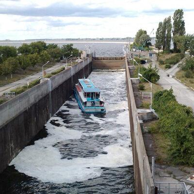 Кабмин запланировал ремонт четырех шлюзов на Днепре до конца 2020 года