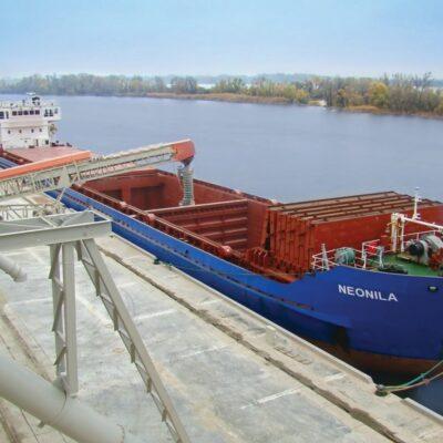 МИУ предлагает упростить процедуру захода в речные порты для иностранных судов
