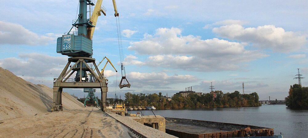 Киевский речной порт увеличил прибыль на 69% в 2020 году