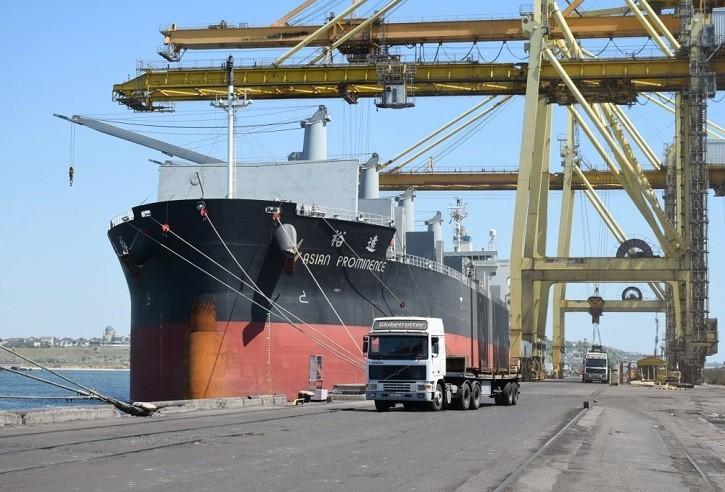 В январе-мае порт «Черноморск» сократил грузооборот на 2,6%