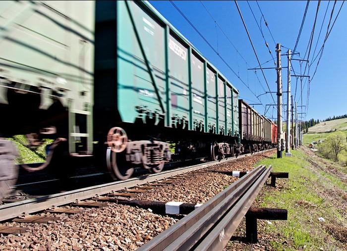 УЗ утвердила долгосрочные контракты на перевозку грузов