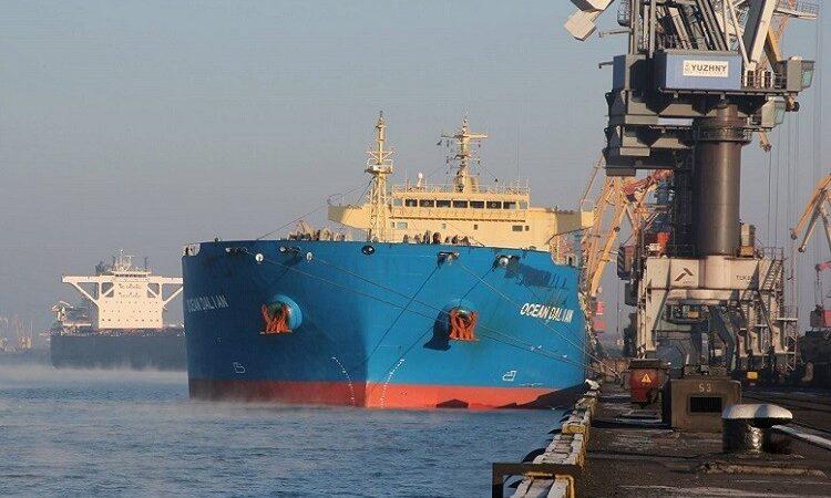 В январе-апреле морпорты сократили количество обработанных судов на 2,3%