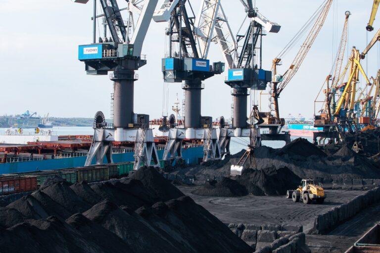 перегрузка угля в Южном