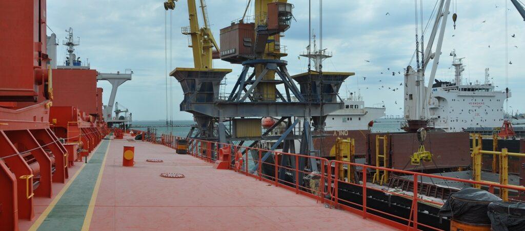 Перевалка экспортных грузов выросла на 11% — до 42,483 млн тонн