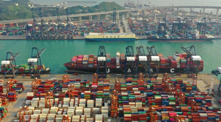 В январе-мае порт Гонконг сократил контейнерооборот на 6,5%