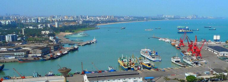Порт на острове Хайнань и порт Гонконг будут взаимно дополнять друг друга