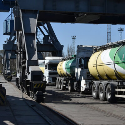 В июле морпорты сократили перевалку масличных на 12%
