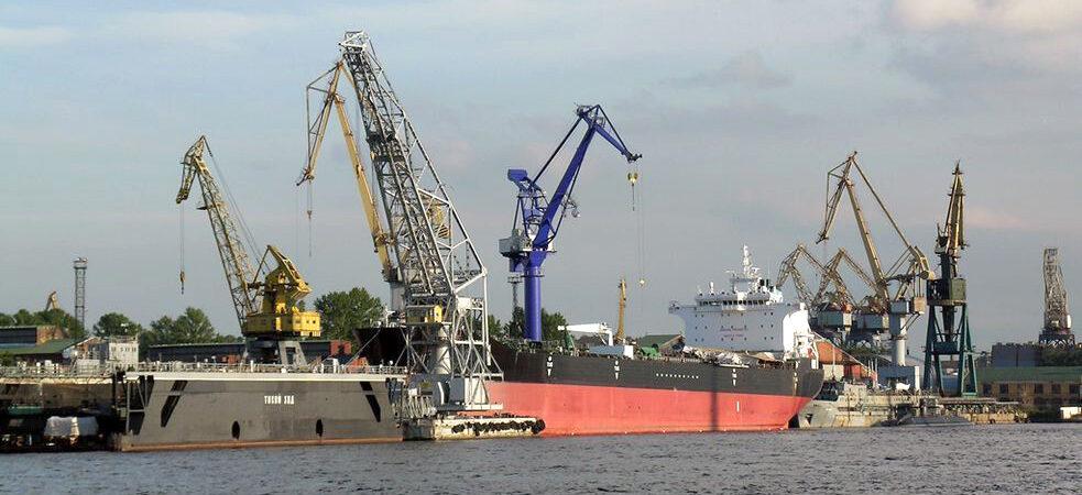 Порт «Усть-Дунайск» увеличил грузооборот на 76% в первом полугодии