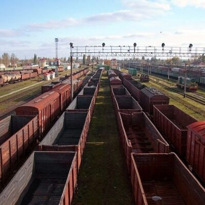 «Укрзализныця» реализовала через Prozorro перевозки в 15 тыс. вагонов за первый месяц
