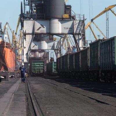 Объем грузоперевозок сократился на 4% в первом квартале