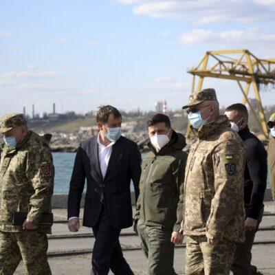 Президент одобрил создание базы «Восток» ВМС Украины в Бердянском порту