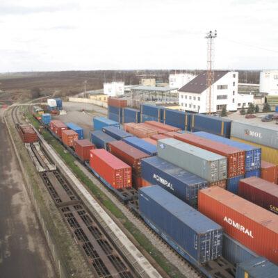 «Укрзализныця» планирует увеличить долю контейнерных перевозок до 15%