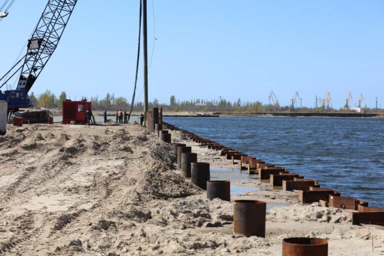 В рамках контракта будет поставлено около 750 тонн свай.