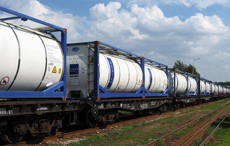 «Глобал Оушен Линк» начала перевозки в танк-контейнерах по Беларуси и странам Балтии