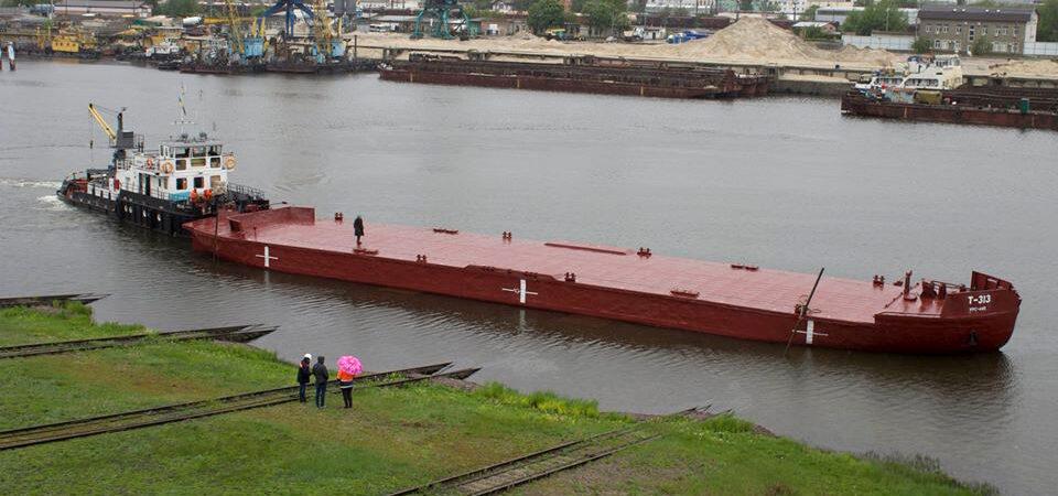 В ходе ремонта произведены работы по очистке и окраске корпуса судна
