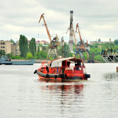 Филиал «Дельта-Лоцман» АМПУ объявил тендер на страхование ответственности и транспорта