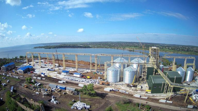 Строительство речного перегрузочного терминала филиала «Зеленодольський»