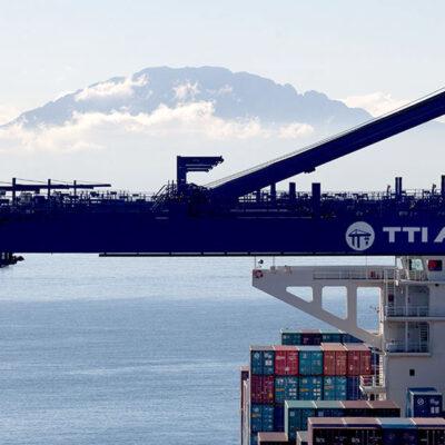 HMM продаст CMA CGM долю в контейнерном терминале в Испании