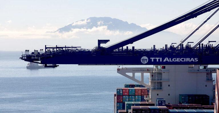 HMM продает половину контейнерного терминала в порту Альхесирас за $50 млн — СМИ