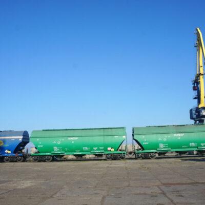 В июне 10 станций приняли 91% зерновых грузов на железной дороге