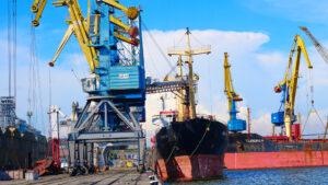 В первом полугодии Мариупольский порт увеличил грузооборот на 27,3%