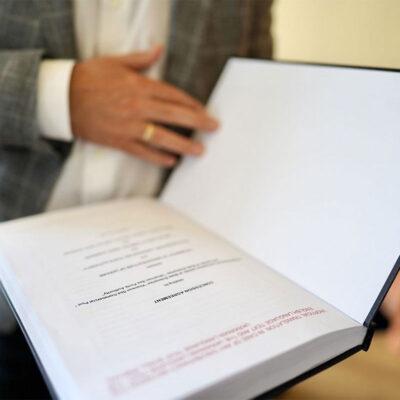 В Херсонском порту подписан первый договор концессии в портовой отрасли