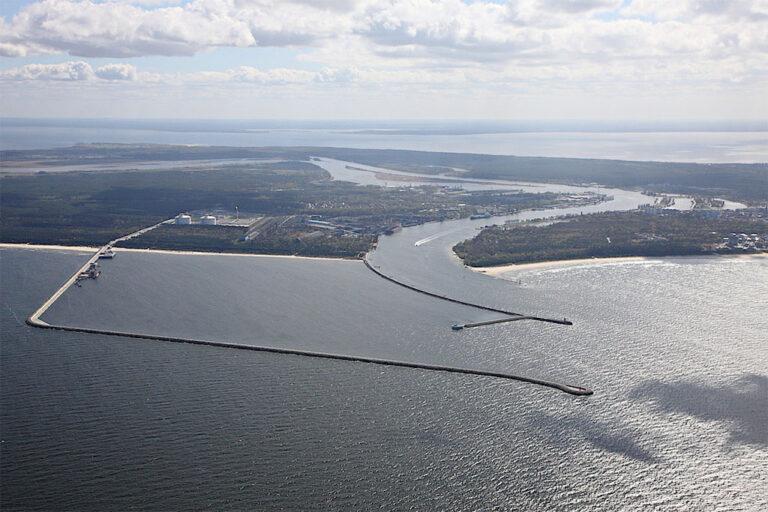 Польша построит новые причал и хранилище на СПГ-терминале в Свиноуйсьце