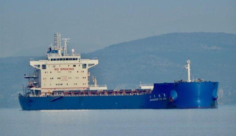 АМПУ, пограничники и экологи предотвратили загрязнение Черного моря промывочными водами