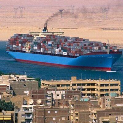 Суэцкий канал незначительно сократил годовую выручку от транзита судов