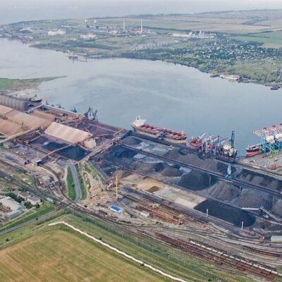 В первом полугодии порт «Пивденный» увеличил грузооборот на 33,5%