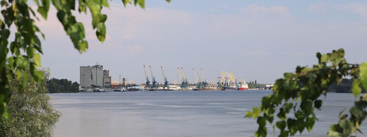 Кабмин уточнил границы акваторий трех морских портов