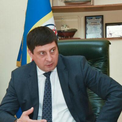 Бывший руководитель Одесского порта пытается восстановиться через суд