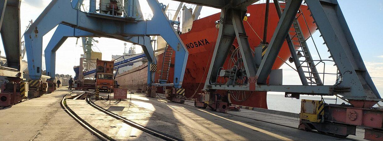 Порт Бердянск сократил грузооборот на 48% в январе-апреле