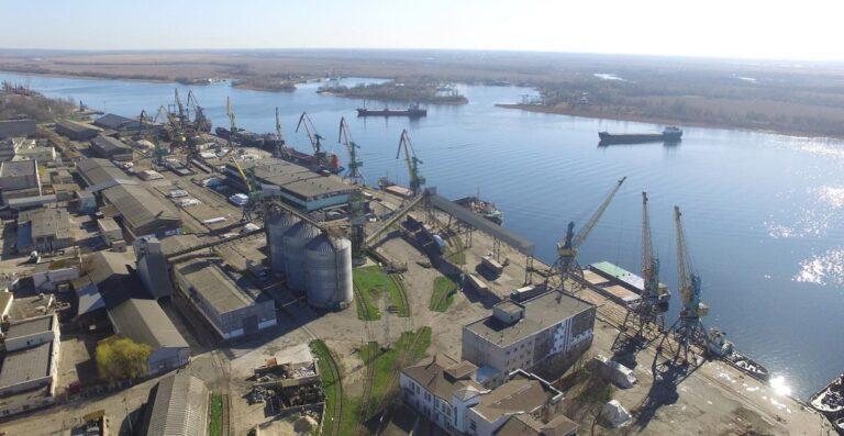 Порт Херсон сократил грузооборот на 22% в первом полугодии
