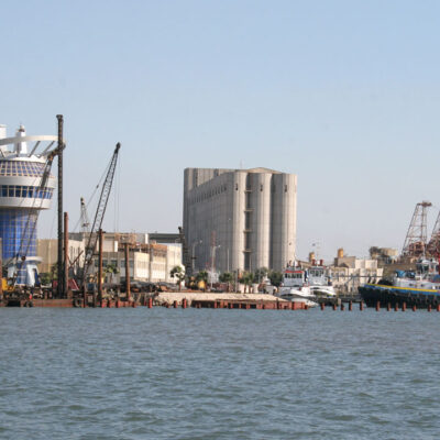 Власти Египта приказали утилизировать опасные вещества, хранящиеся в портах