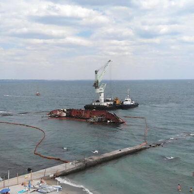 АМПУ поручила «Краншипу» подъем затонувшего танкера Delfi