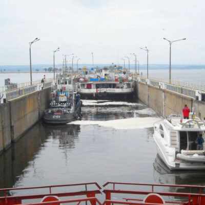 «Укрводшлях» объявил тендер на ремонт нижних ворот Днепродзержинского шлюза