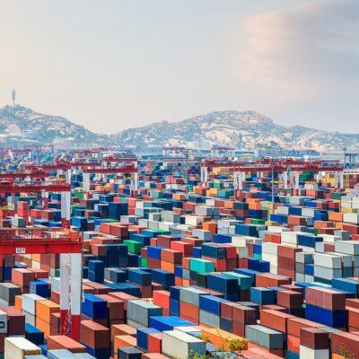 В январе-июле порт Шанхай сократил контейнерооборот на 6%