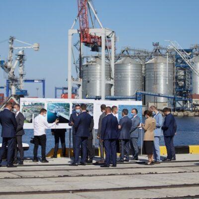 В Одесском порту открыли первую очередь реконструированного причала №7