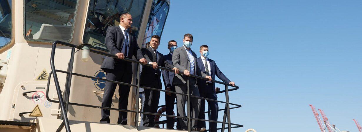 Зеленский пообещал выяснить причины увольнения бывшего главы госстивидора «Южный» Олейника