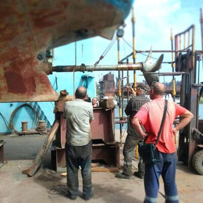 Мариупольский порт отправил в ремонт рейдовый катер
