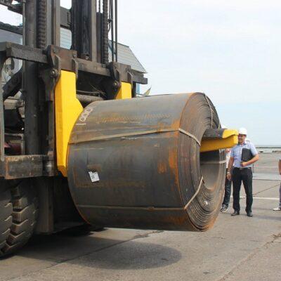 ММТП готовится перегружать горячекатаные рулоны весом более 25 тонн