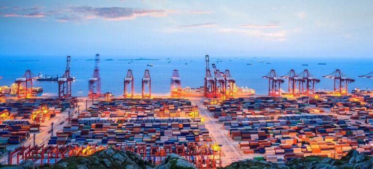 В августе порты Китая увеличили грузооборот на 7,2%