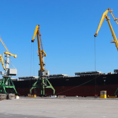 Порт «Ольвия» сократил грузооборот на 44% в первом квартале