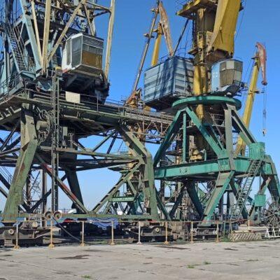 В январе-августе Николаевский порт сократил грузооборот на 9,2%