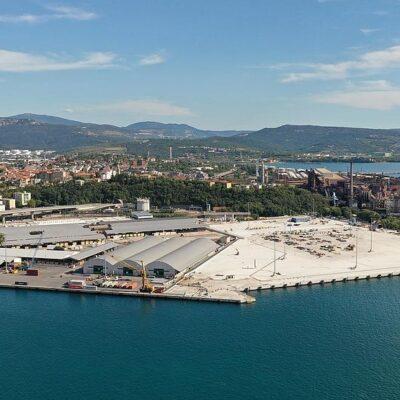 HHLA покупает итальянский терминал Piattaforma Logistica Trieste