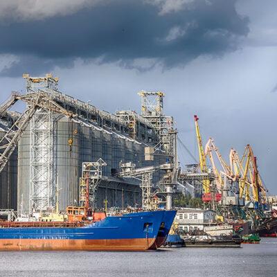 Порт Николаев сократил грузооборот на 24% в январе-феврале