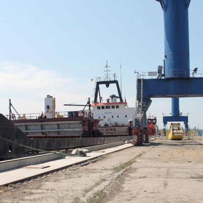«Смарт-Холдинг» планирует создать судоходную компанию для перевозок по Днепру