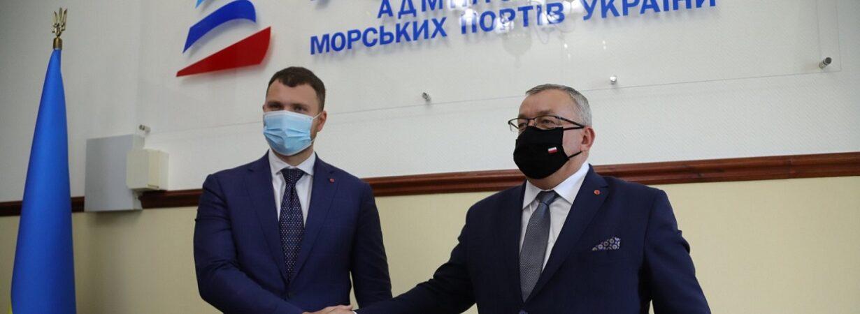Министры инфраструктуры Украины и Польши обсудили сотрудничество в портовой отрасли